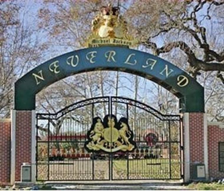 Τι ήθελαν τα ελικόπτερα πάνω από τη Neverland;