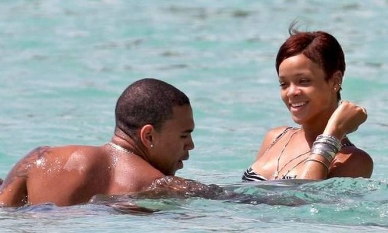 Δεν πάει διακοπές με τον Brown η Rihanna