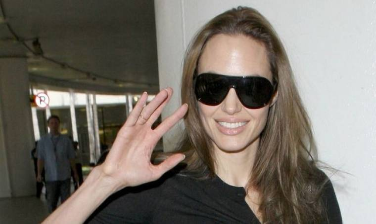 Στην Αφρική η Jolie