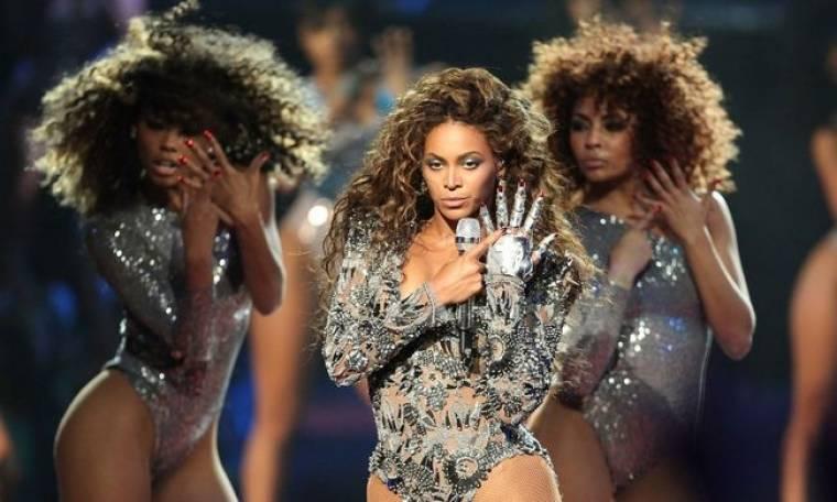 Η εκρηκτική εμφάνιση της Beyonce στα VMA
