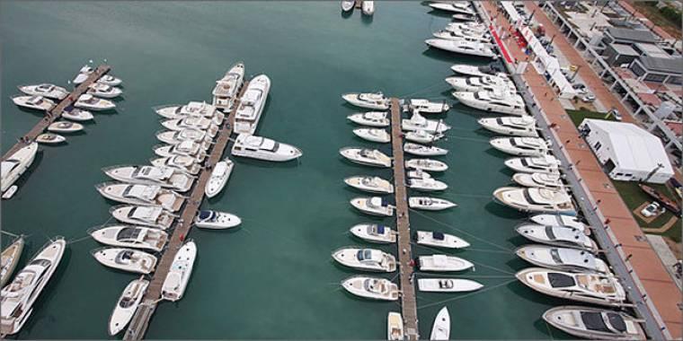 Οι rich & famous θαμπώθηκαν από την έκθεση exclusive yachting
