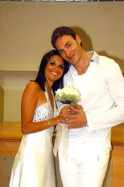 Ο γάμος της πρώην του Αλιάγα