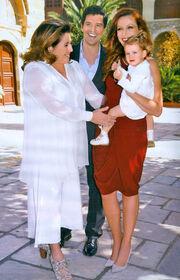 Η βάφτιση της κόρης του Ρουβά σε φωτογραφίες