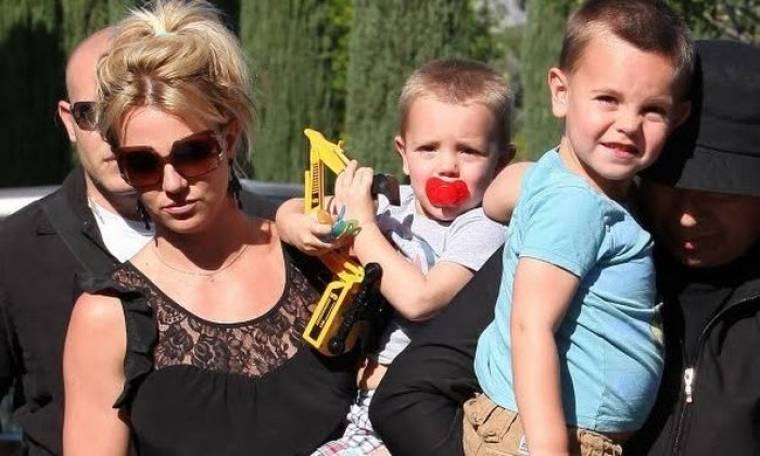Η Britney πήγε σινεμά με τους γιους της