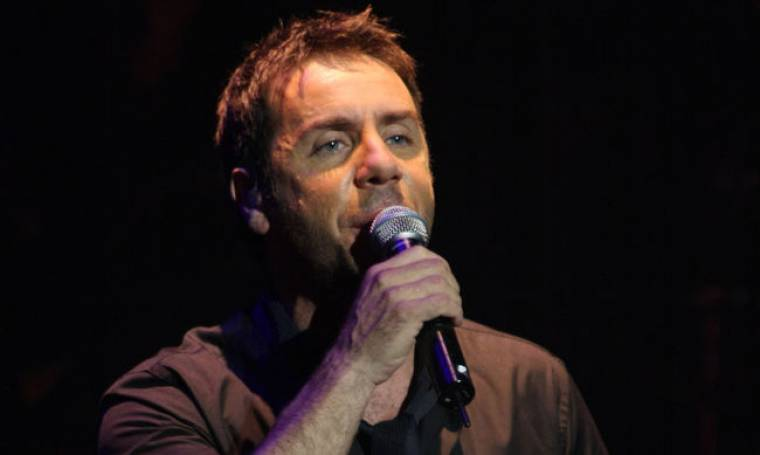 Γιώργος Μαζωνάκης: Εγκαταλείπει το τραγούδι για το Άγιο Όρος;