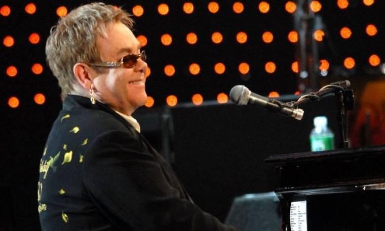 Ακύρωσε κι άλλη συναυλία ο Elton John