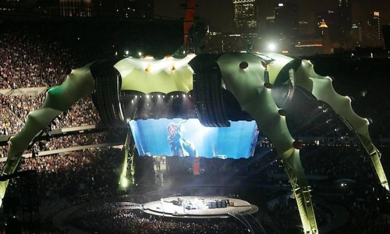 Παρέλαση αστέρων στο Rose Bowl για τους U2