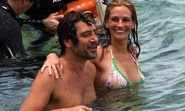 Julia Roberts – Javier Bardem: σε παραλία του Μπαλί