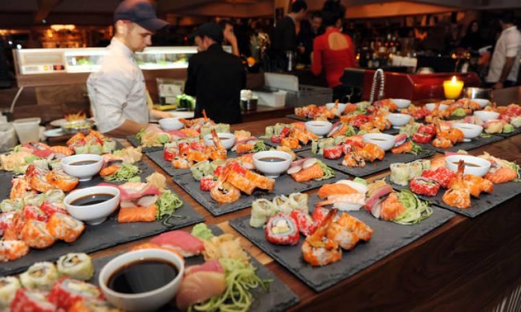 Οι επώνυμοι τρώνε σούσι
