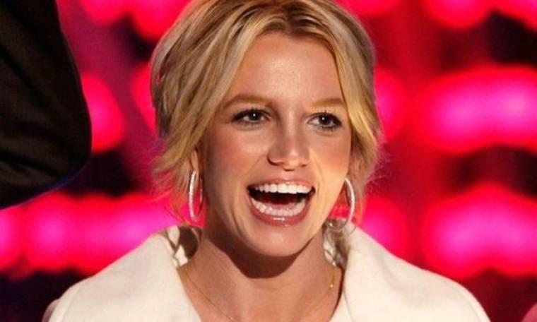 Hackers στο Twitter της Britney Spears