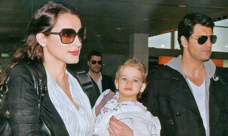 Η οικογένεια Ρουβά στο αεροδρόμιο