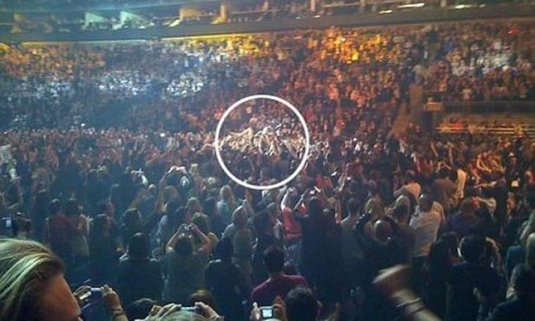 Η βουτιά της Beyonce στο κοινό