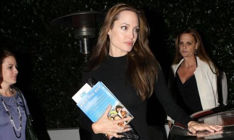 Δεν συμπαθεί τον Obama η Jolie