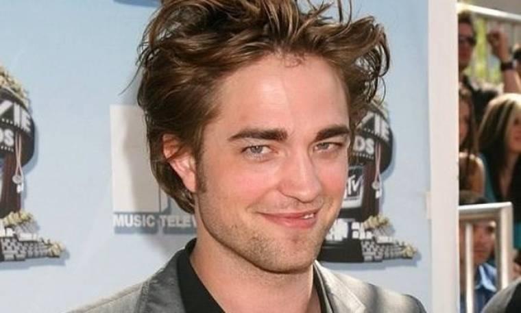 R.Pattinson: είμαι μόνος