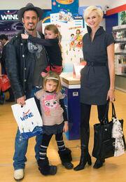 Σπύρος Πώρος... and the family