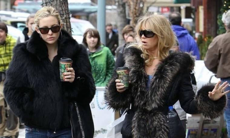 Βόλτα με τη μαμά Goldie στο Άσπεν