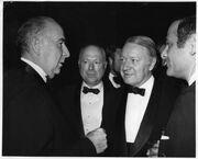 George Mitchell: Και άλλος Έλληνας ανάμεσα στους πλουσιότερους ανθρώπους του κόσμου