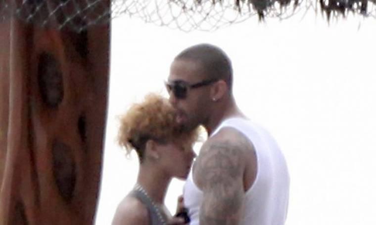 Δεν είναι ζευγάρι η Rihanna με τον Kemp