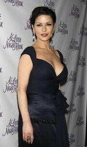 Που πήγαν οι καμπύλες της Catherine Zeta – Jones;