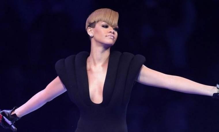 Η Rihanna στην Oprah για την Αϊτή