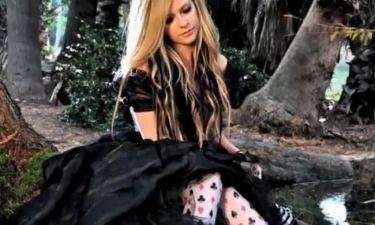 Το τραγούδι της Avril Lavigne για την Αλίκη