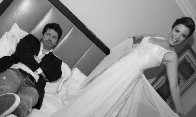 Δείτε πως πέρασε ο Χάρης Βαρθακούρης την... πρώτη νύχτα γάμου!