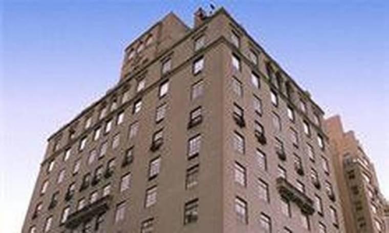 Ο Λαβίδας πουλά το διαμέρισμά του στη Νέα Υόρκη