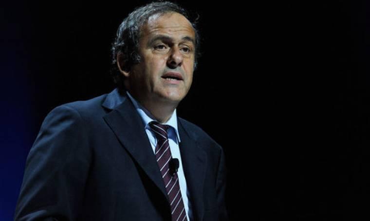 "Michel Platini: ""Δεν θα φιλοξενήσει το EURO 2012 η Ουκρανία αν δεν είναι έτοιμα τα γήπεδα"""