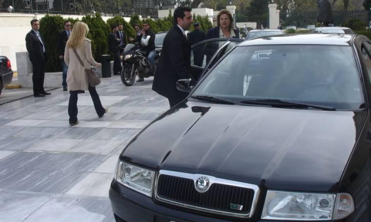 Αιτία ατυχήματος το αυτοκίνητο της Υπουργού Λούκας Κατσέλη