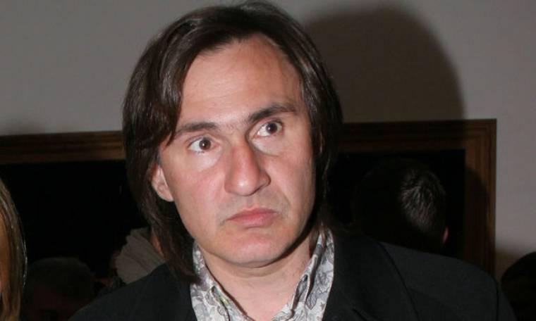 Άκης Σακελλαρίου: Με τα παιδιά του για ψώνια στο Κολωνάκι