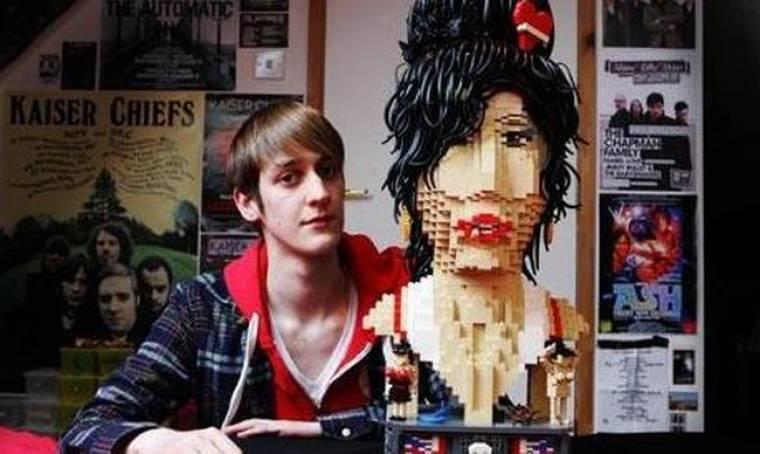 Η Winehouse φτιαγμένη από LEGO