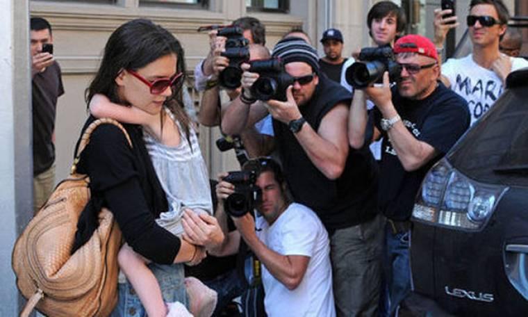 Katie Holmes: Νέα δημόσια εμφάνιση με την μικρή Suri