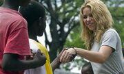 Στην Αϊτή η Shakira