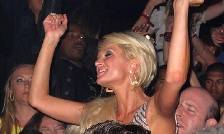 Χώρισε η Paris Hilton