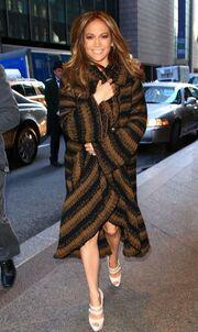 Η Jennifer Lopez με ταξί στο Today Show