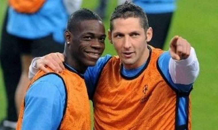 O Balotelli πέταξε τη φανέλα της Inter και ο Materazzi του επιτέθηκε!
