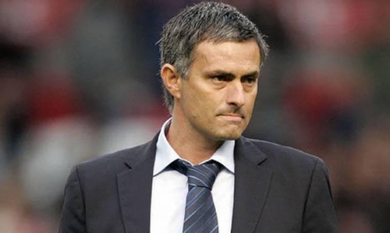 Συνέταιροι ο Jose Mourinho και ο διαιτητής του αγώνα Inter - Barcelona;