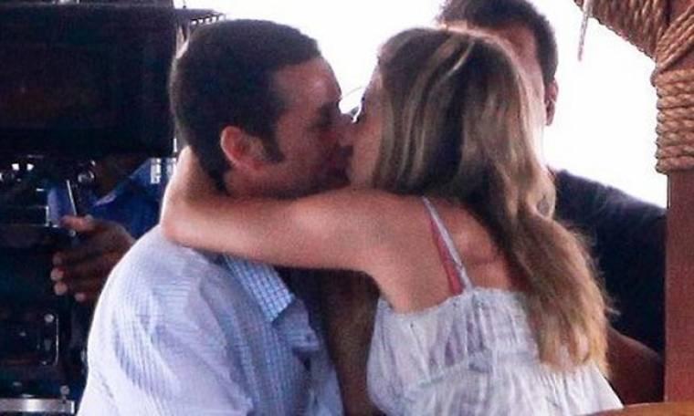 Jennifer Aniston - Adam Sandler: Το καυτό τους φιλί