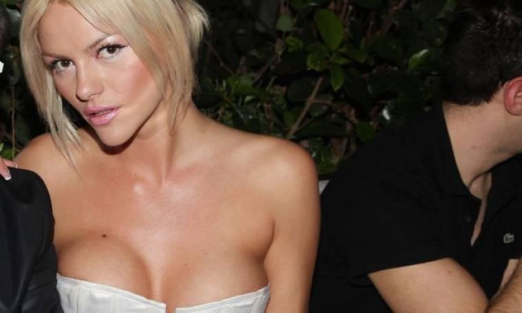 Δείτε το videoclip με τις πιο sexy στιγμές της Νάταλι Θάνου