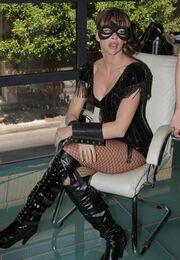 Στο backstage του videoclip της Ίνας Λαζοπούλου