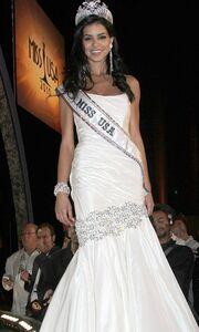 Το στριπτίζ της Miss USA