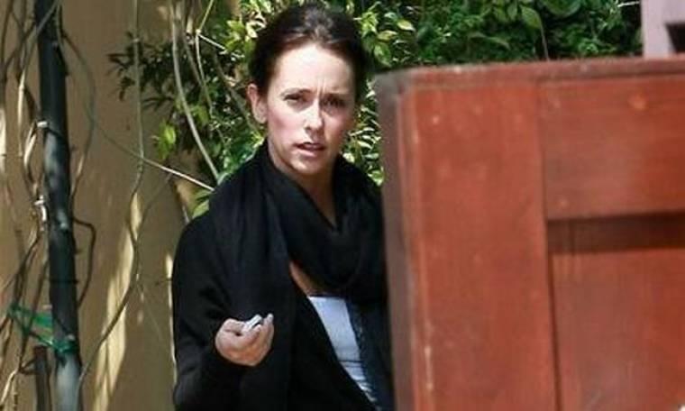 Η Jennifer Love Hewitt έμεινε χωρίς δουλειά