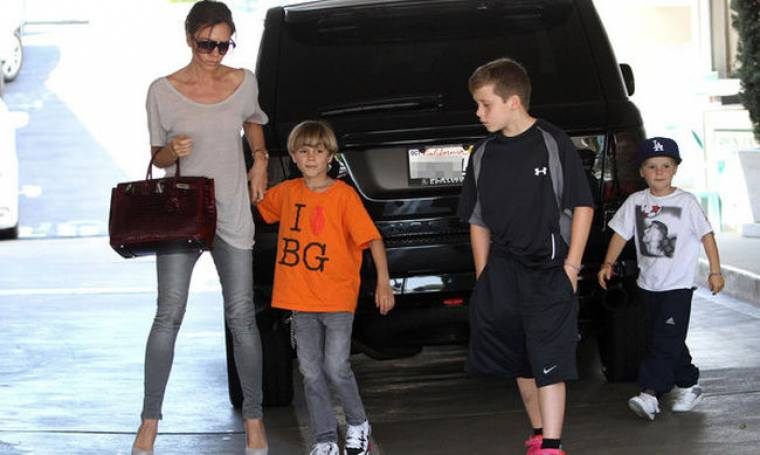Οι Jonas Brothers θέλουν τα παιδιά των Beckham
