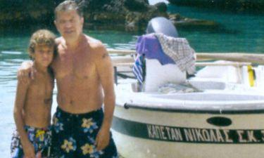 Οι διακοπές του Γιάννη Βούρου στην Κέρκυρα με τον γιο του
