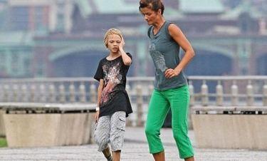 Helena Christensen: Παίζει και ποδόσφαιρο