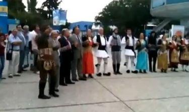 Video: Ο χορός του Ψωμιάδη στη Δ.Ε.Θ.