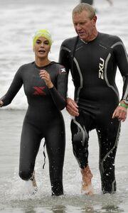 Ο αγώνας τριάθλου της Teri Hatcher