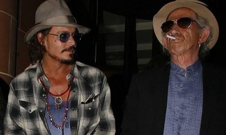 Έξοδος του Depp με τον Richards