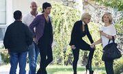 Η Lady GaGa ντύθηκε… Hilary Clinton