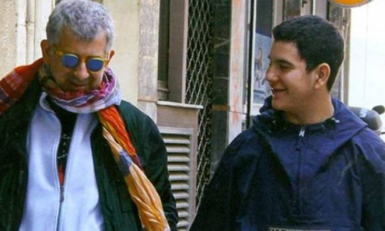 Πέτρος Φιλιππίδης :Με τον γιο του στο γήπεδο